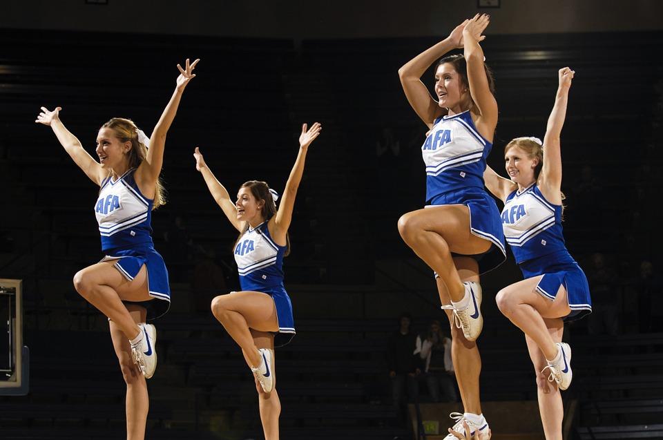 Lợi ích sức khỏe của môn thể thao Cheerleading